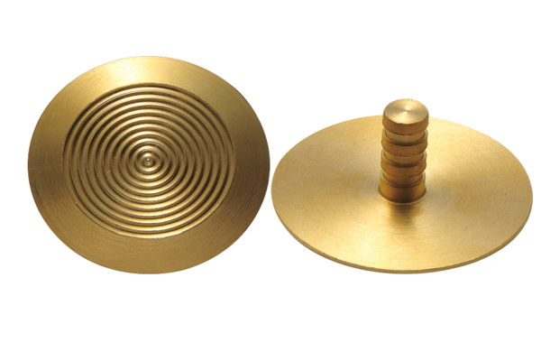 Ridge Brass Tactile Studs - 翻译中...